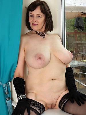 superannuated mature naked women porno pics