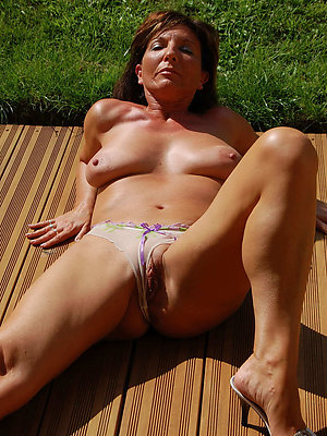 mature women in panties stripped