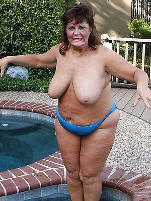 fantastic mature women in panties