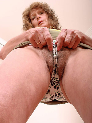 mature moms approximately panties love porn