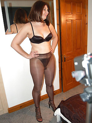 fantastic mature milf pantyhose