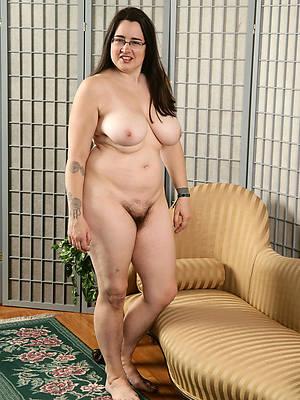 hot brunette mature porn pictures