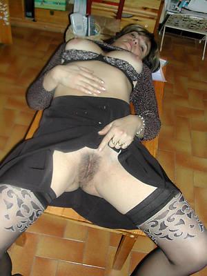mature hairy amateur porno pics