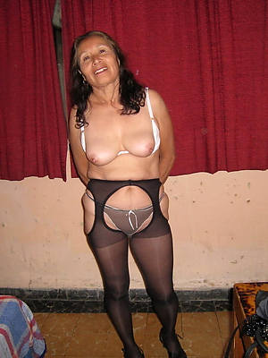 hot grown-up older widely applicable porno pics