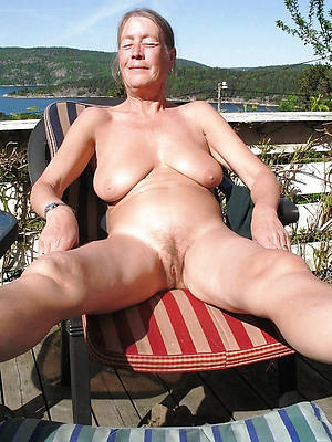 dispirited naked older mature housewives pics