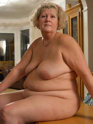 senior full-grown xxx amateur tits