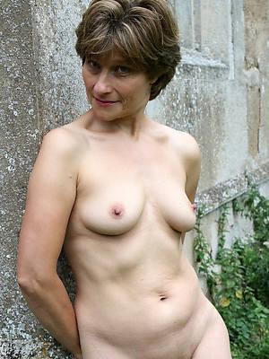 naked 40 plus mature minimal photos