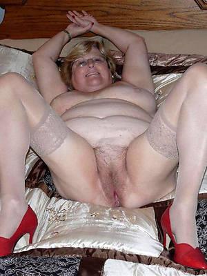 bald pics of nude mature ladies in heels