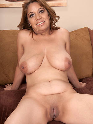 mature chubby latina big pussies