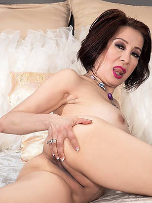 nude mature asian women porn pic download