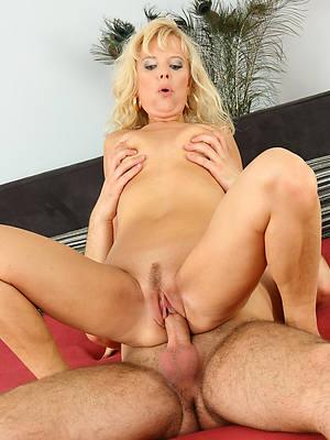 naked ladies having sex pics