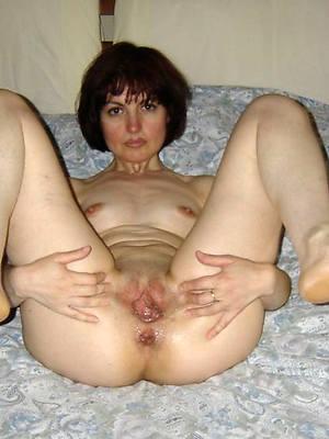 amateur nude mature feet pics