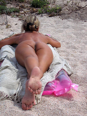 grown-up womens feet free porn mobile