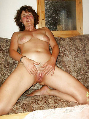 mature amateur ladies gallery