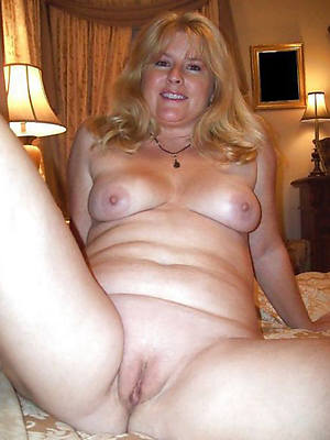 naked pics be advisable for mature horny wifes