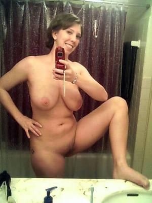 mature hot self nude pics
