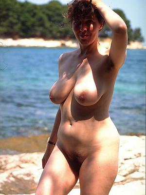 xxx natural mature layman tits