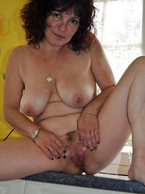 hot fucking mature down in the mouth moms pics