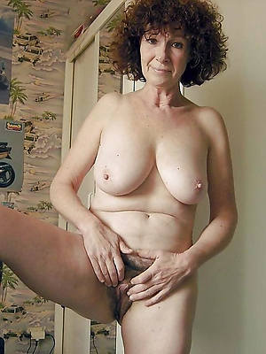 beautiful queasy mature women porno pictures