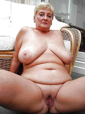 cold pics of chunky grown-up slut