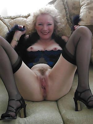 mature pussy porno