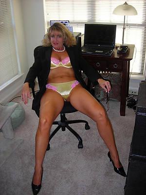 free sexy matriarch porn pic download