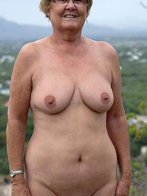 older mature nude gallery