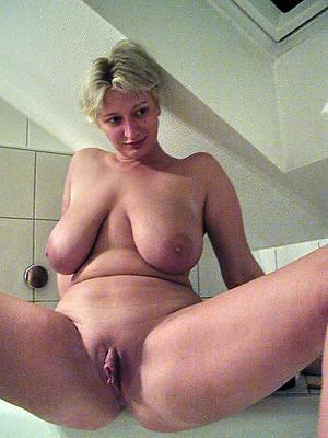 fresh mature sluts photos