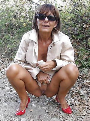 naked pics of X mature slut xxx
