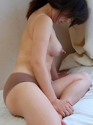 naked unprofessional mature nipples