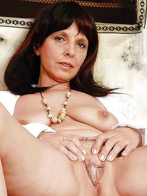 hot brunette mature dirty sex pics