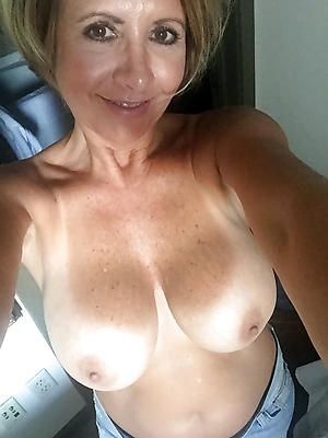 whorish sexy selfies mature women