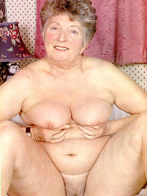 naked pics of horny mature grandma