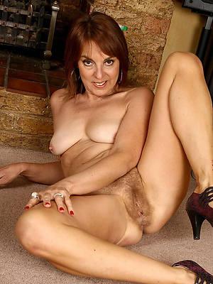 beautiful hairy mature porno pics