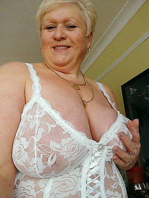 naked grown up older pussy markswoman