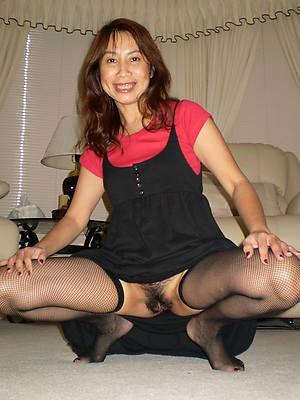 amateur unshaved mature women free pics