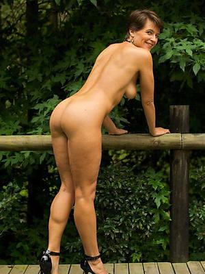 sweet nude jilt 40 mature pics