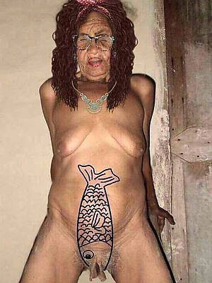 mature hot grannies porns