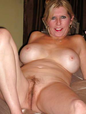 attractive matured older nude women
