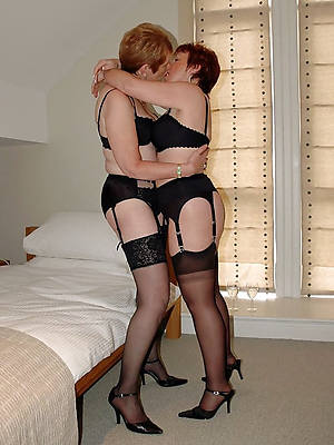 mature lesbian lovers gallery