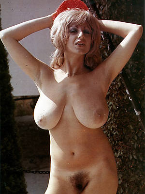 naked retro mature xxx