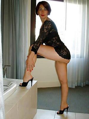 grown up erotic woman