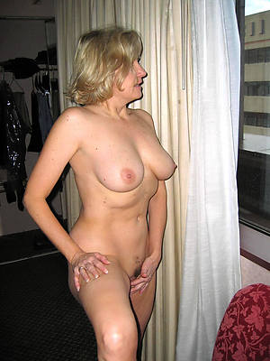 free hd blanched mature women photo