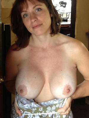 naked white mature women
