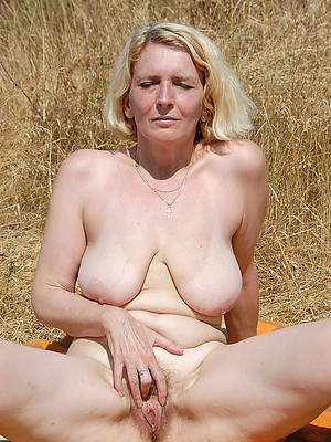 beautiful mature blonde xxx