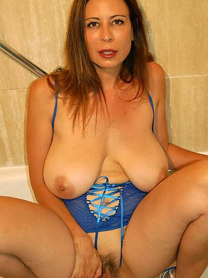 free porn pics be advantageous to mature hot matriarch