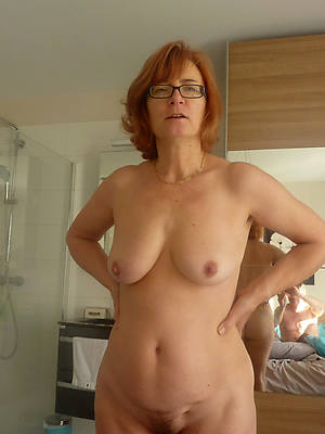 hd grown up encircling glasses nude pictures