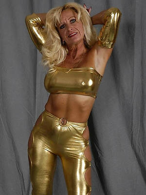 sweet mature in latex gallery