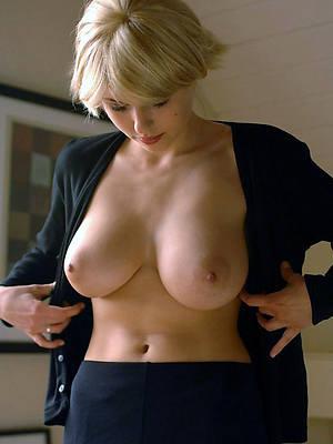 beautiful mature breast porn blear download