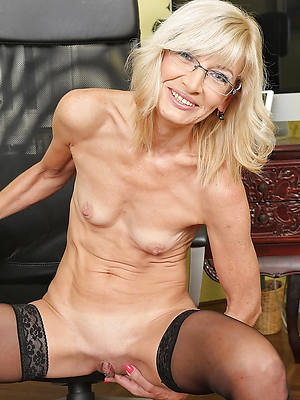 skinny naked matures pics